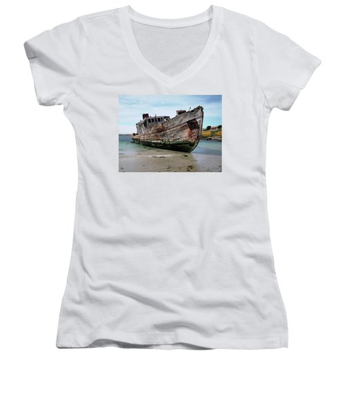 Beached Women's V-Neck