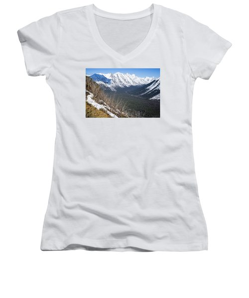 Beckoning Valley Women's V-Neck T-Shirt
