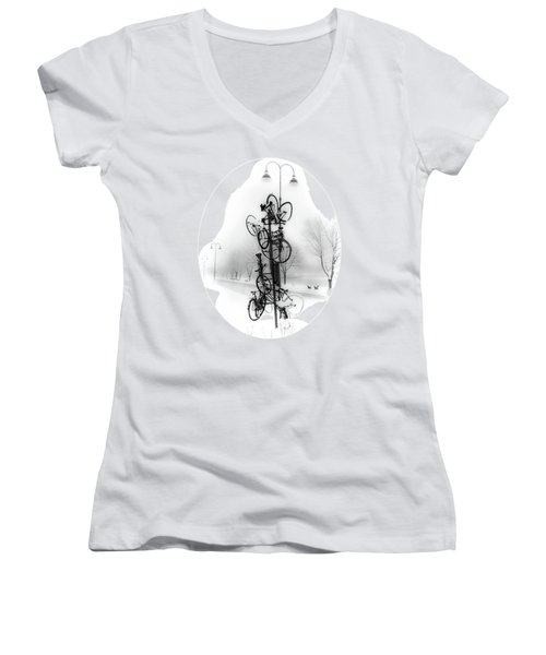 Bicycle Lamppost In Winter Women's V-Neck T-Shirt