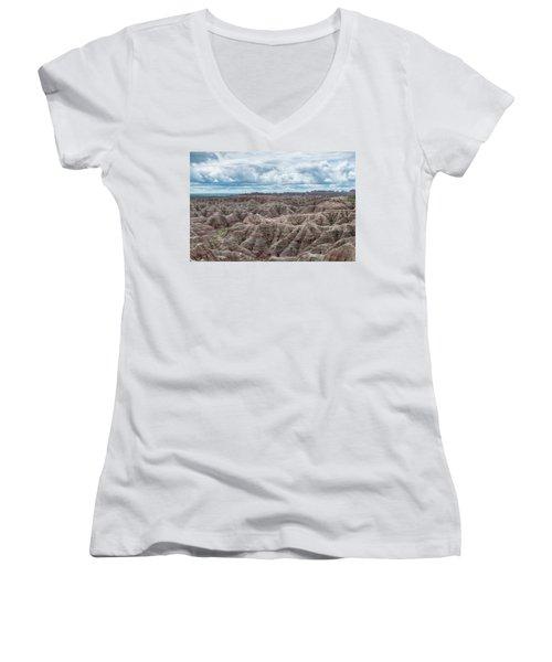 Big Overlook Badlands National Park  Women's V-Neck