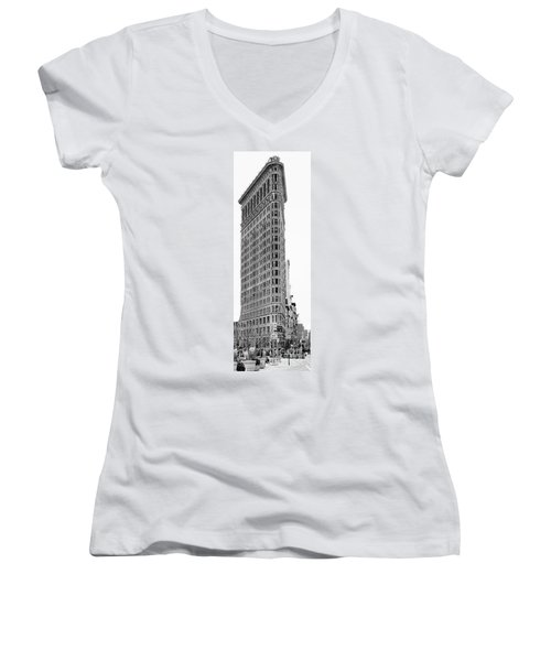 Black Flatiron Building II Women's V-Neck (Athletic Fit)