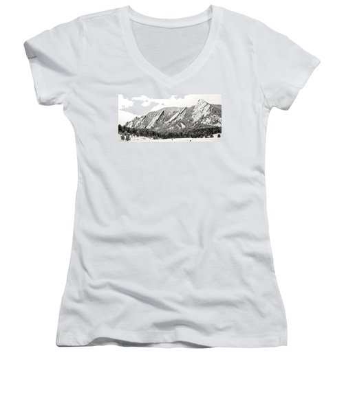 Boulder Flatirons Colorado 1 Women's V-Neck (Athletic Fit)