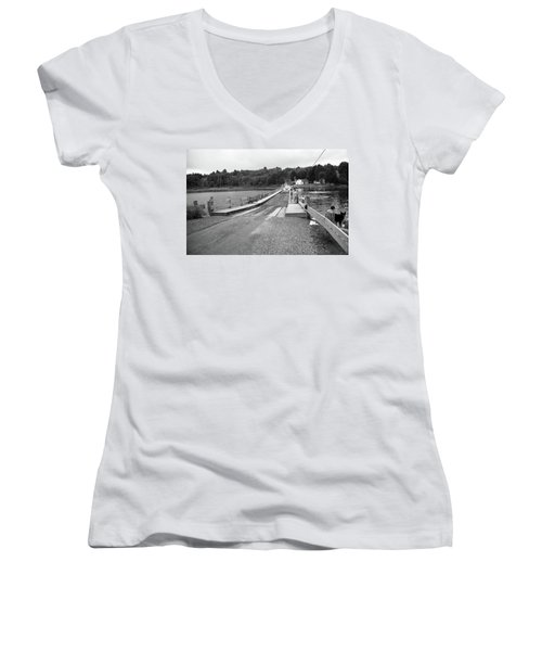 Women's V-Neck T-Shirt (Junior Cut) featuring the photograph Brookfield, Vt - Floating Bridge 5 Bw by Frank Romeo