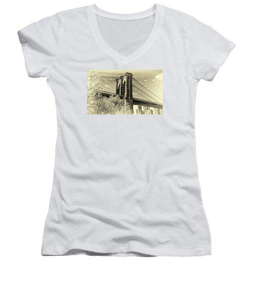 Women's V-Neck T-Shirt (Junior Cut) featuring the photograph Brooklyn Bridge by John Hoey
