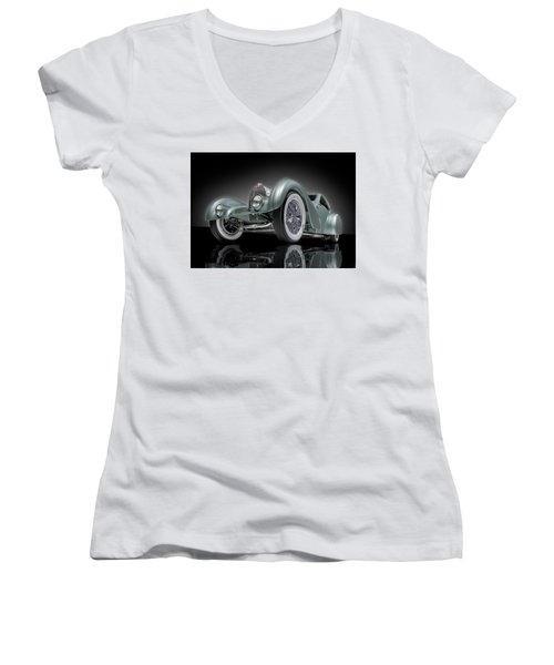 Bugatti Aerolithe Recreation Women's V-Neck T-Shirt