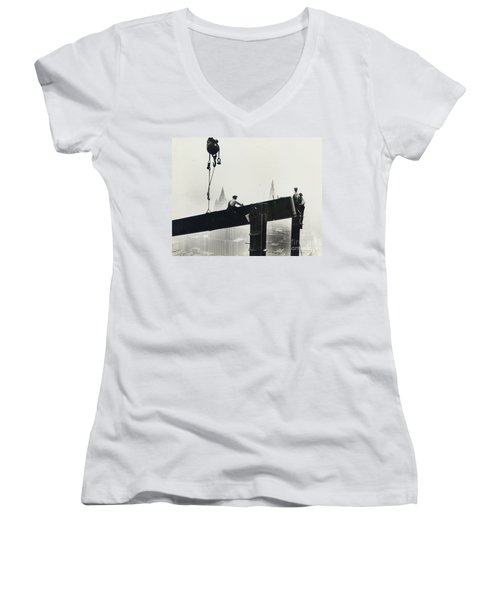 Building The Empire State Building Women's V-Neck T-Shirt