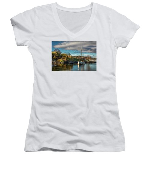 Bygdoy Harbor Women's V-Neck