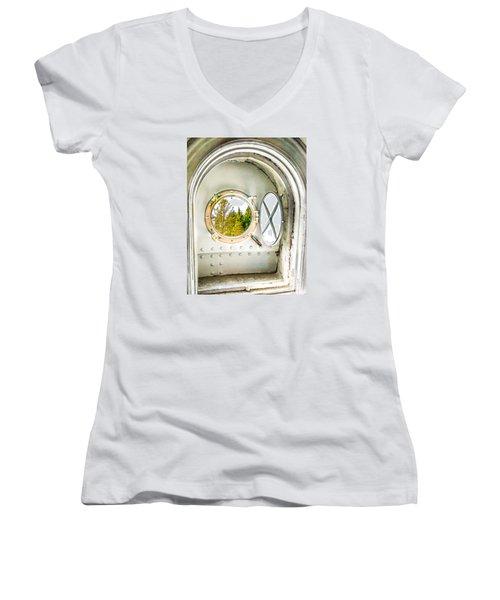 Cana View Women's V-Neck T-Shirt (Junior Cut)