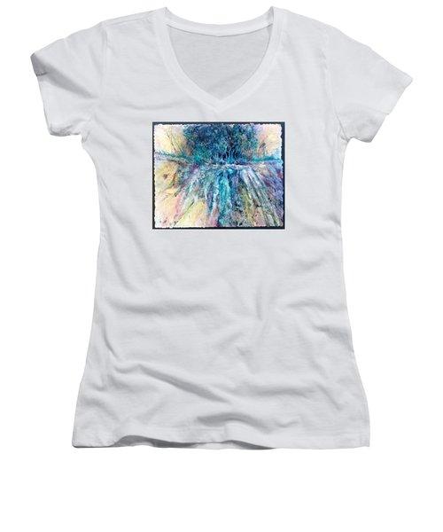 Cascade Ridge Women's V-Neck T-Shirt