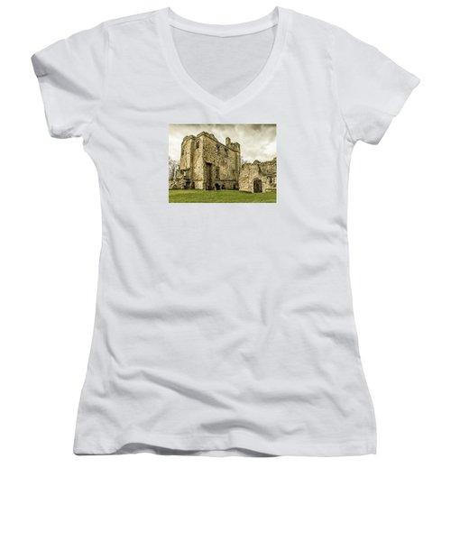 Castle Of Ashby Women's V-Neck