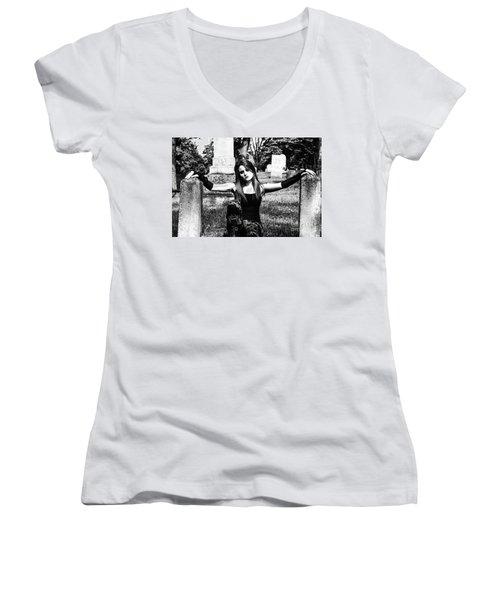 Cemetery Girl Women's V-Neck T-Shirt