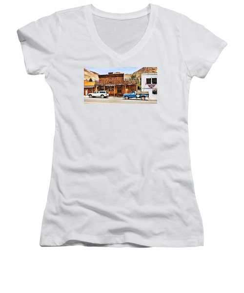 Challis, Idaho Women's V-Neck