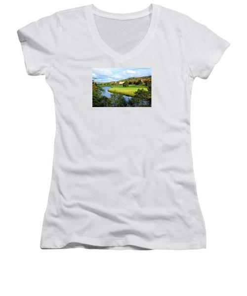 Chatsworth House View Women's V-Neck T-Shirt
