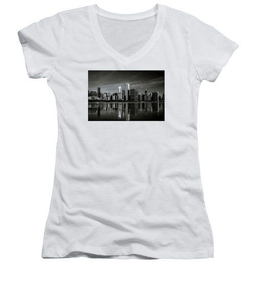 Chicago Lake Front Women's V-Neck