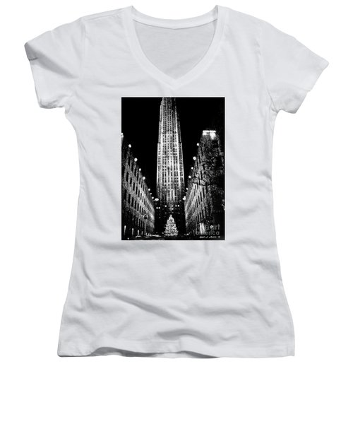 Christmas In New York City Women's V-Neck T-Shirt (Junior Cut) by Carol F Austin