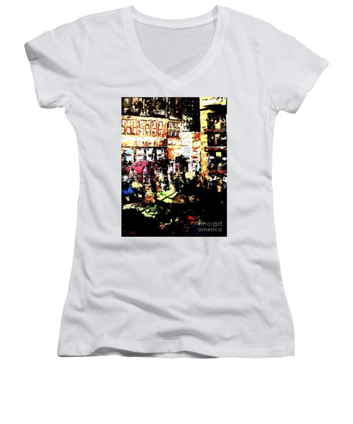 City Stroll Women's V-Neck