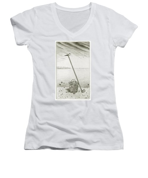 Clamming Women's V-Neck