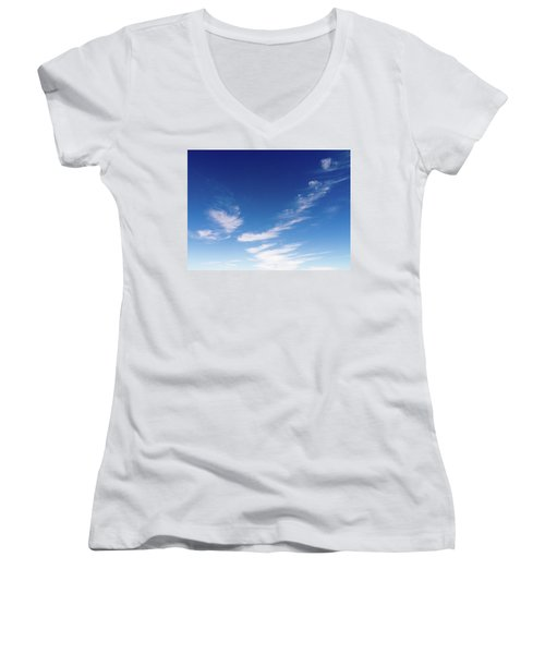 Cloud Sculpting Women's V-Neck