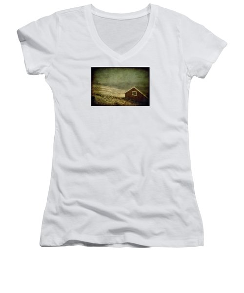 Coast Of Norway Women's V-Neck (Athletic Fit)