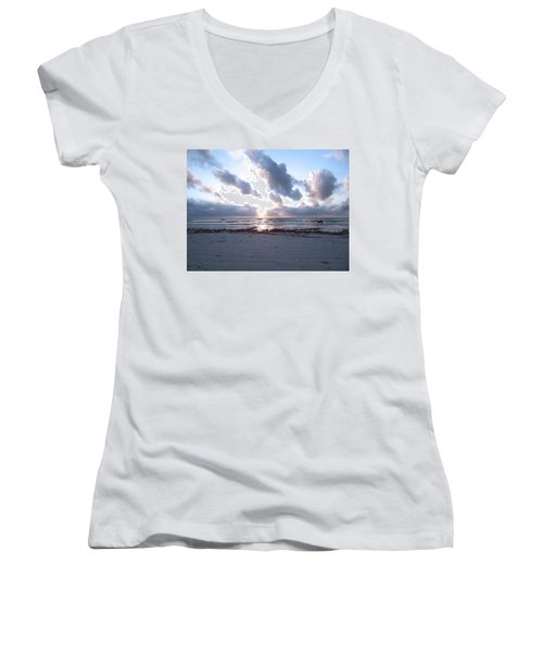 Coloured Sky - Sun Rays And Wooden Dhows Women's V-Neck (Athletic Fit)
