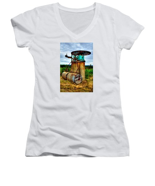 Contraption On Mt Agamenticus Women's V-Neck T-Shirt (Junior Cut) by Richard Ortolano