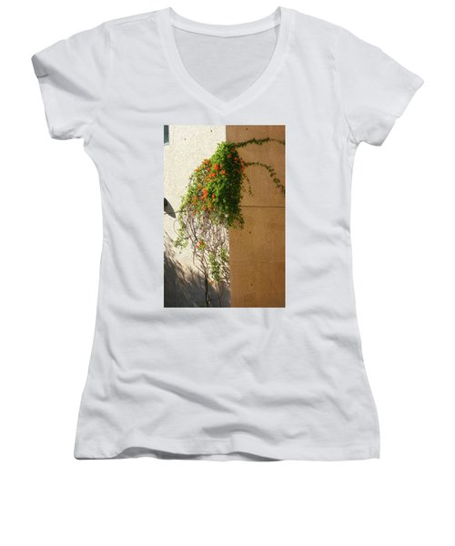 Creeping Plants Women's V-Neck