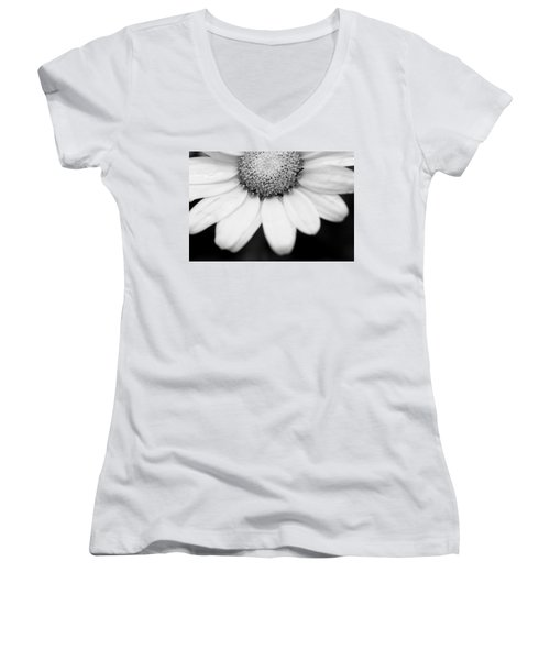 Daisy Smile - Black And White Women's V-Neck