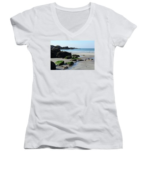Derrynane Beach Women's V-Neck (Athletic Fit)