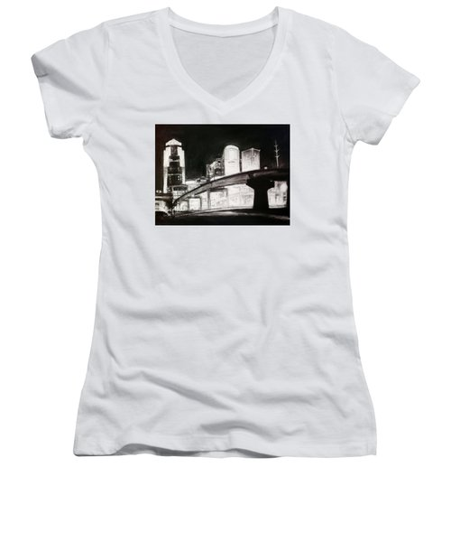 Des Moines Skyline #10 Women's V-Neck