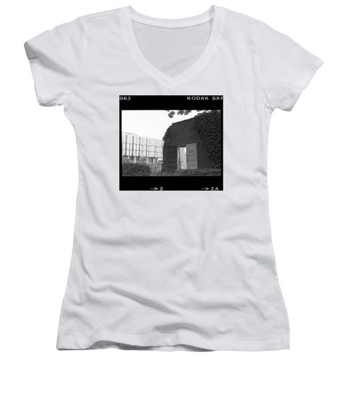Destruction Of The Speech Annex, 1980 Women's V-Neck