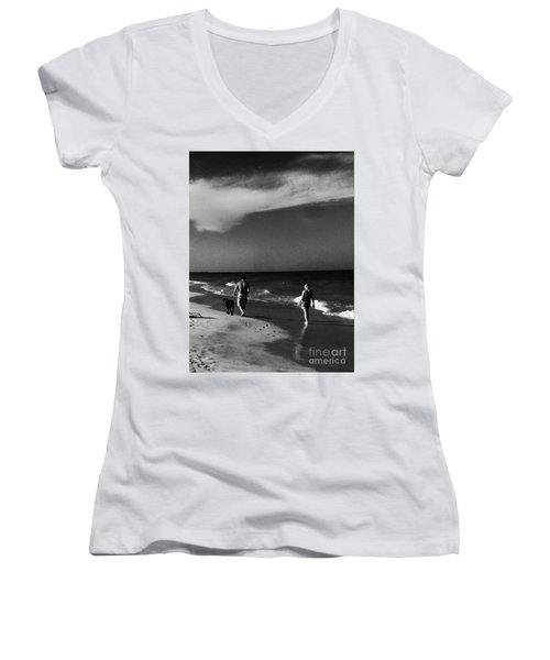 Dog Walk Women's V-Neck T-Shirt (Junior Cut) by WaLdEmAr BoRrErO