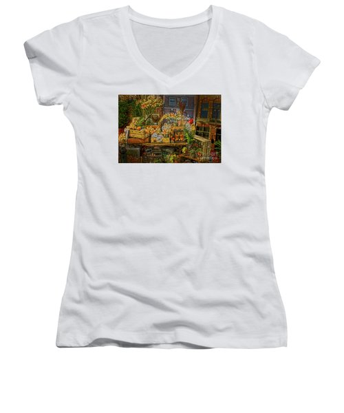 Dutch Shop Women's V-Neck T-Shirt