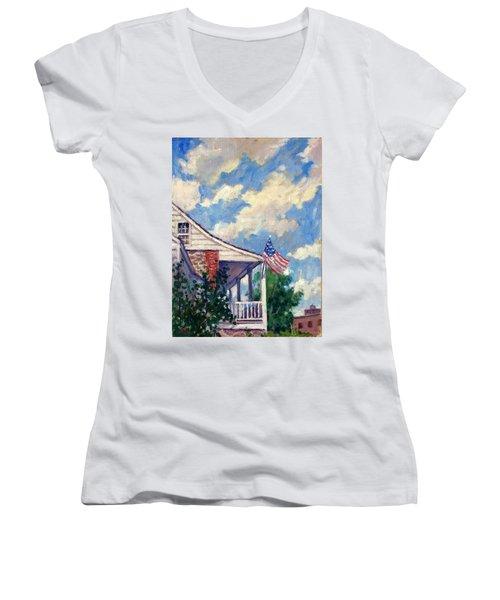 Dyckman House Nyc Women's V-Neck T-Shirt
