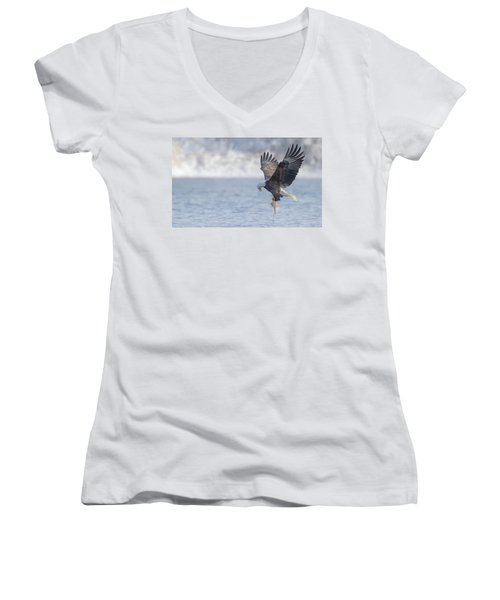 Eagle Fishing  Women's V-Neck T-Shirt