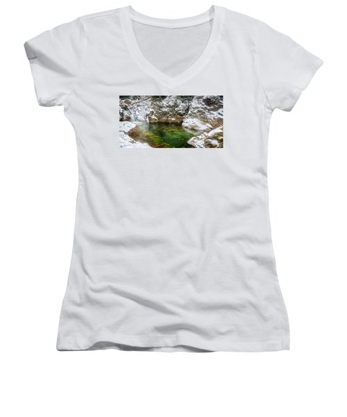 Emerald Pool Ellis River Nh Women's V-Neck