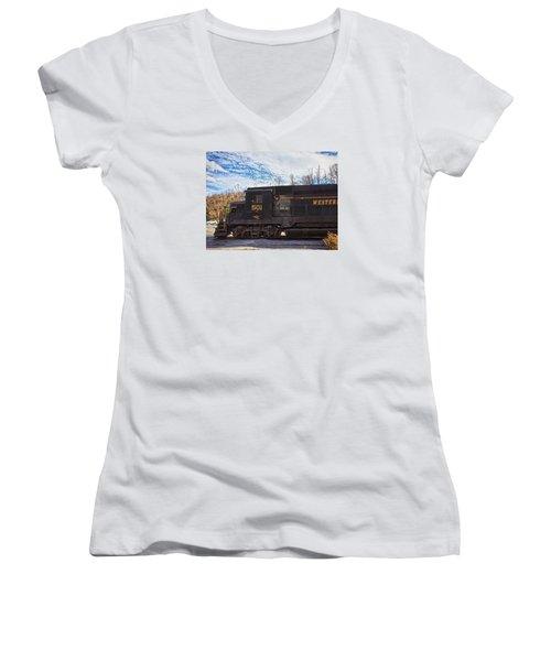Engine 501 Women's V-Neck T-Shirt