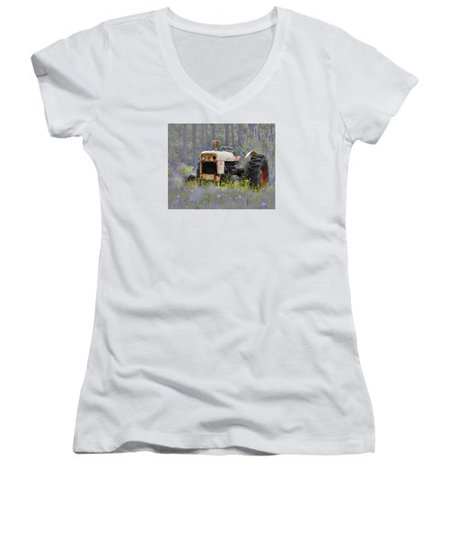 Fading Fast Women's V-Neck T-Shirt (Junior Cut)
