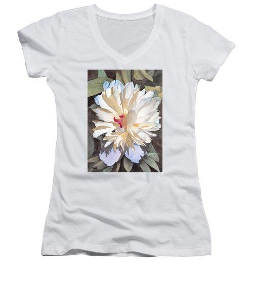 Feathery Flower Women's V-Neck T-Shirt