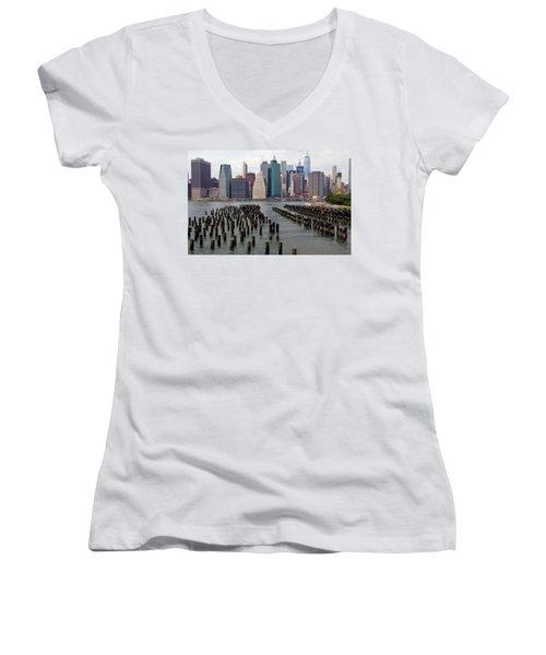 Ferry Hopping New York Women's V-Neck T-Shirt