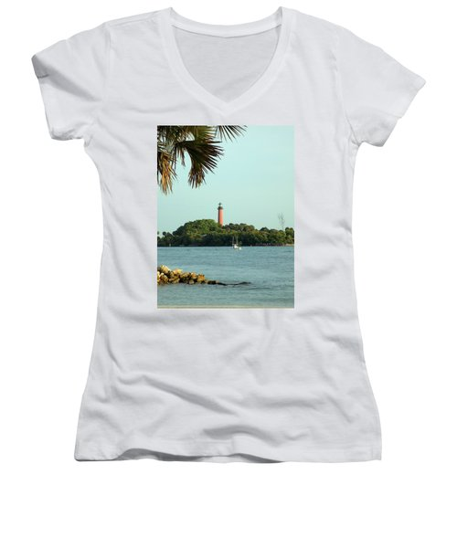Florida Lighthouse 3 Women's V-Neck (Athletic Fit)