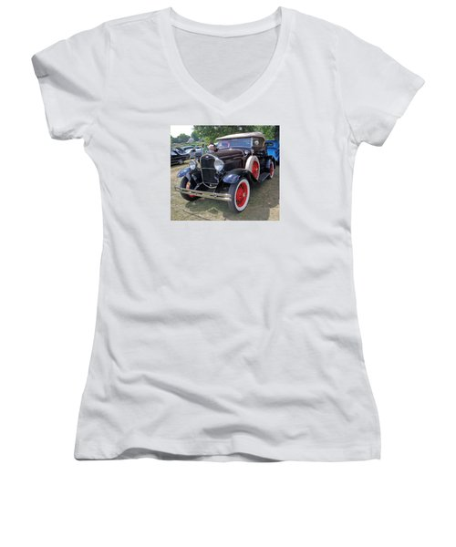 Ford 1931 Women's V-Neck T-Shirt