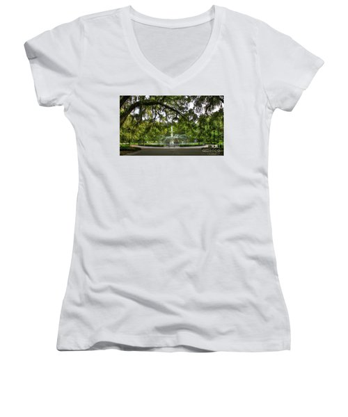 Forsyth Park Fountain Historic Savannah Georgia Women's V-Neck T-Shirt