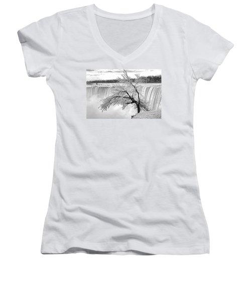 Frozen Tree Near Niagara Falls Women's V-Neck T-Shirt