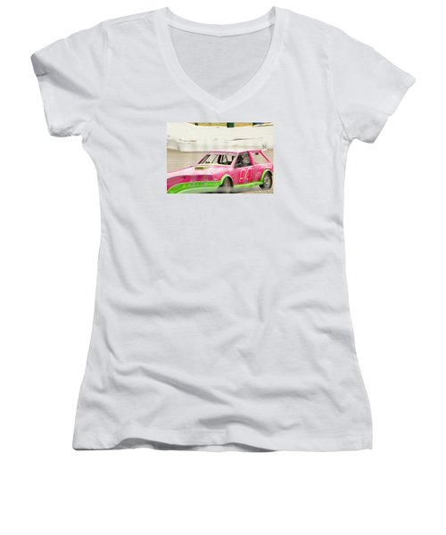 Getreckt Women's V-Neck T-Shirt