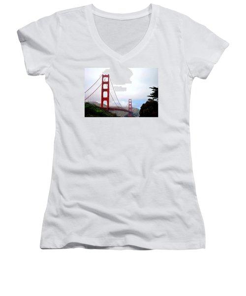 Golden Gate Bridge Full View Women's V-Neck T-Shirt (Junior Cut) by Matt Harang
