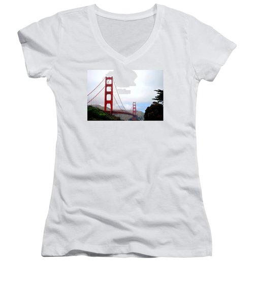 Golden Gate Bridge Full View Women's V-Neck T-Shirt (Junior Cut)