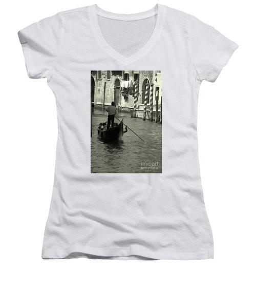 Gondolier In Venice   Women's V-Neck