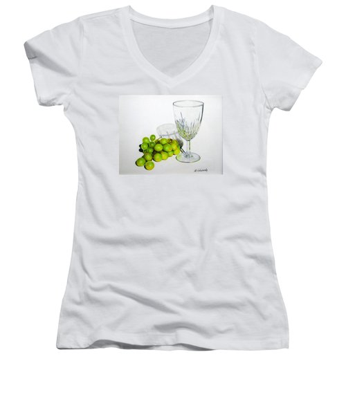 Grapes And Crystal Women's V-Neck T-Shirt