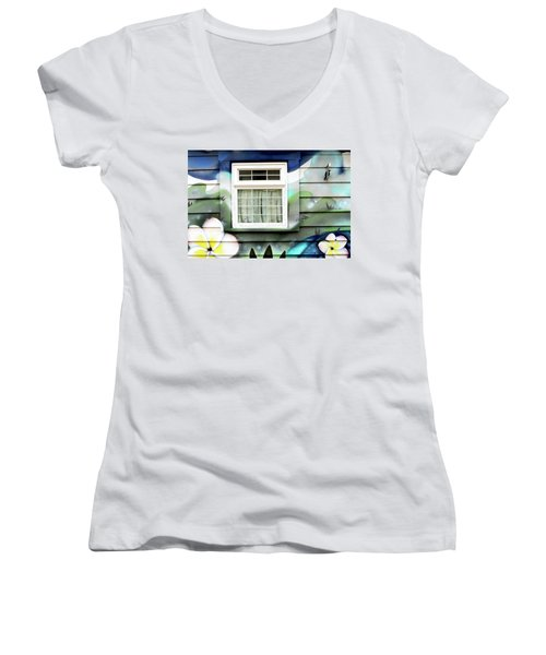 Happy Window Women's V-Neck T-Shirt