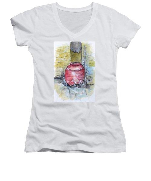 Herculaneum Amphora Pot Women's V-Neck T-Shirt (Junior Cut) by Clyde J Kell